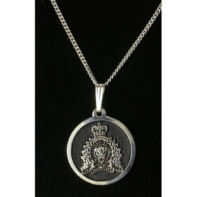 RCMP Insignia Pendant with Chain